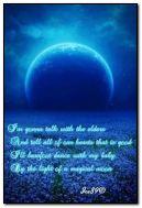 Büyülü bir ayın ışığında