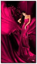 Леді в рожевому кольорі