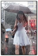 Giorno di pioggia, vorrei essere a casa.
