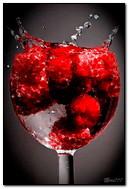 Um copo de framboesa