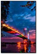 Mehrfarbige Brücke