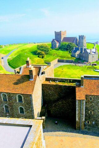 Pemandangan Castle Lush