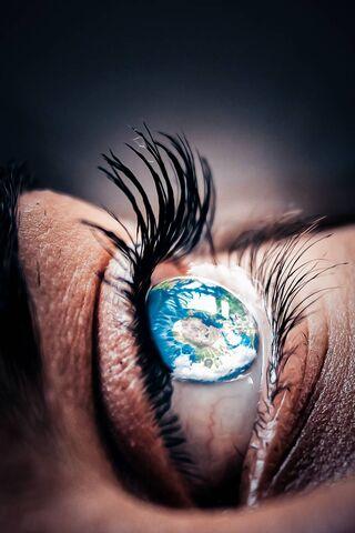 एक आँख में दुनिया